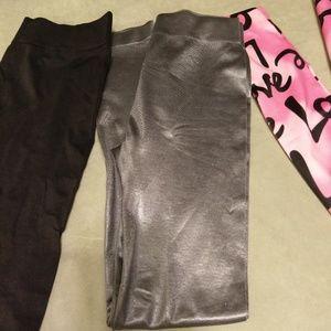 NWT lot of 3 sz S/M leggings